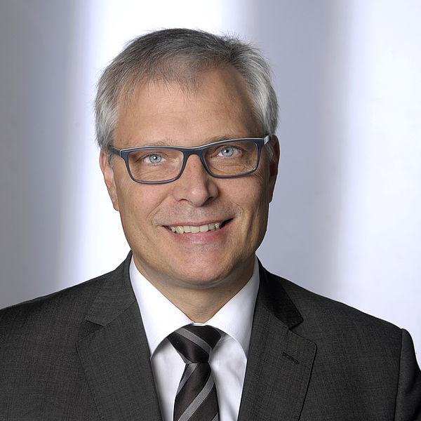 Prof. Dr.-Ing. Jürgen Karl