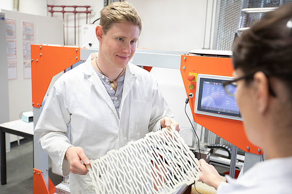 Rapid Prototyping zur Untersuchung von Ziegellochbildern