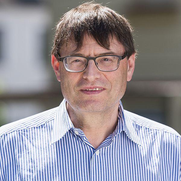Prof. Dr. Wolfgang Schlüter