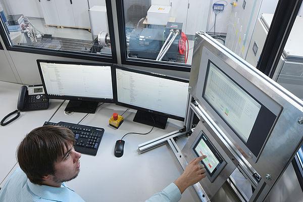 Messungen von Schwingungen in mechatronischen Systemen